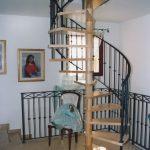 scala a chiocciola in legno