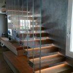 scale a sbalzo con gradino a pioli in legno rovere